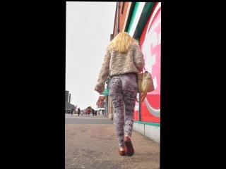 Холодцовая жопа случайной блонды с улицы